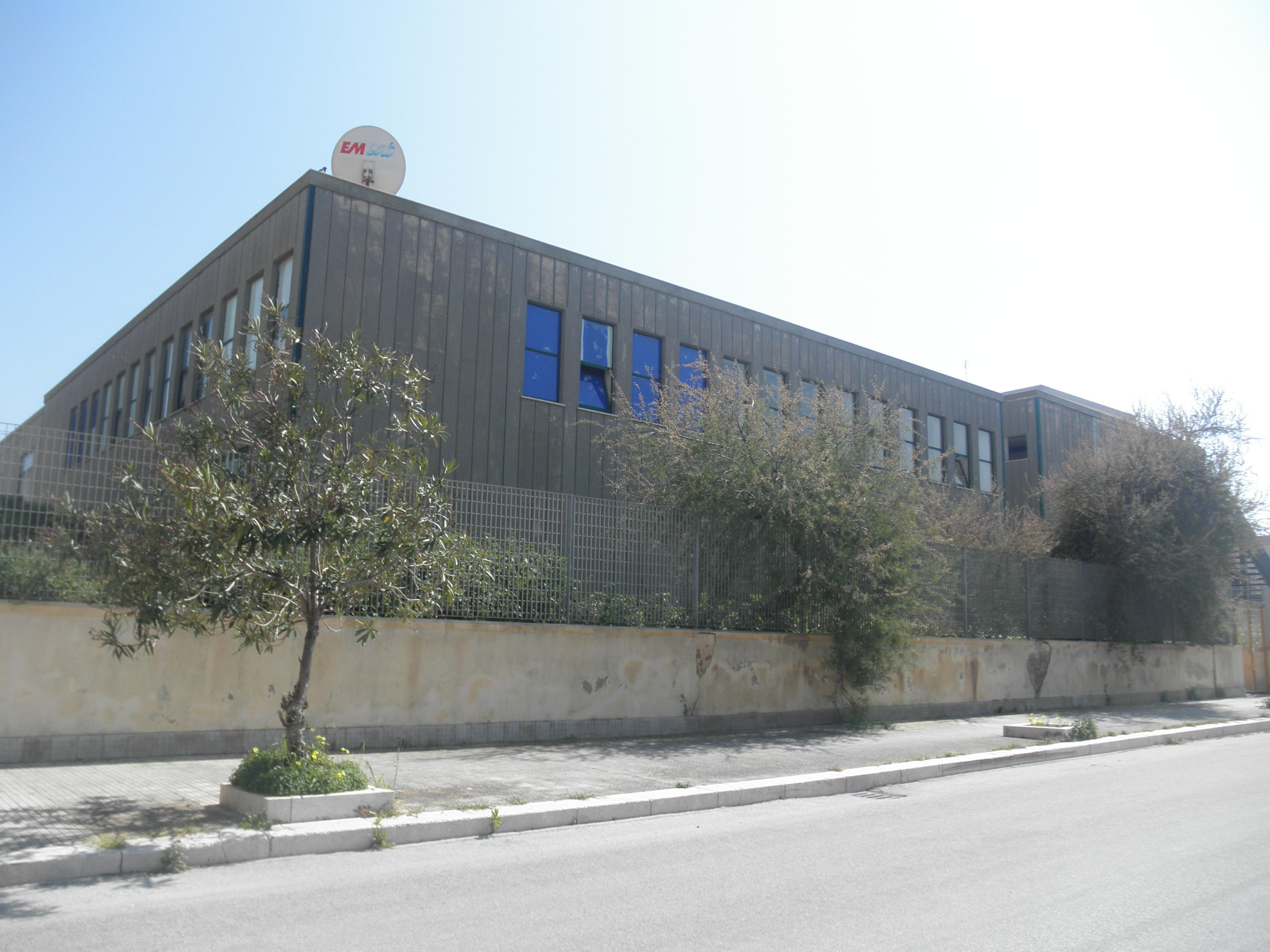 L'edificio della Lombardo Radice di Sappusi