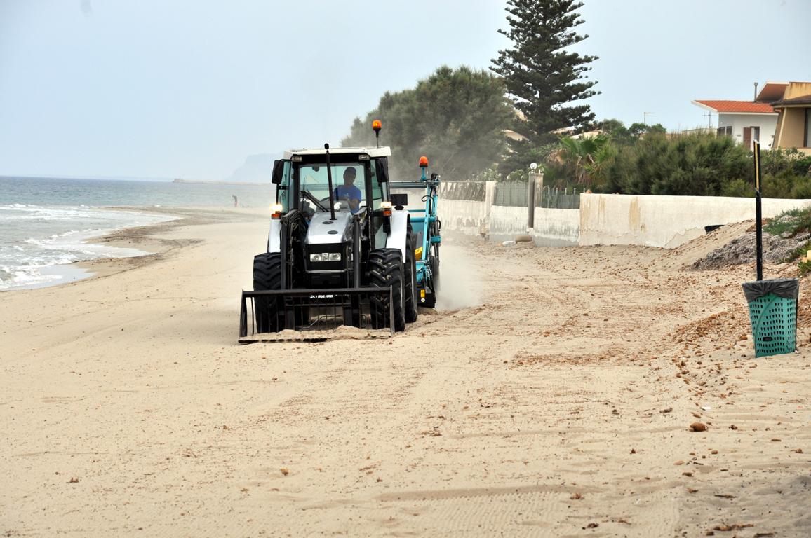 pulizia spiagge libere