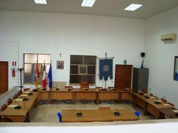 Petrosino: il Consiglio approva il Bilancio di Previsione 2017. In Aula si parla della costituzione del Centro comunale di Raccolta