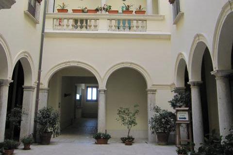 palazzo-riccio-di-morana