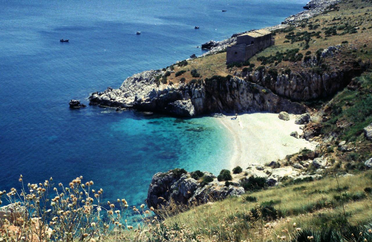 Spiaggia Tonnarella dell'Uzzo, Riserva Naturale dello Zingaro