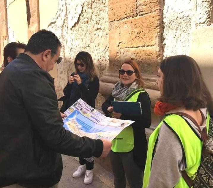 Tourist helper