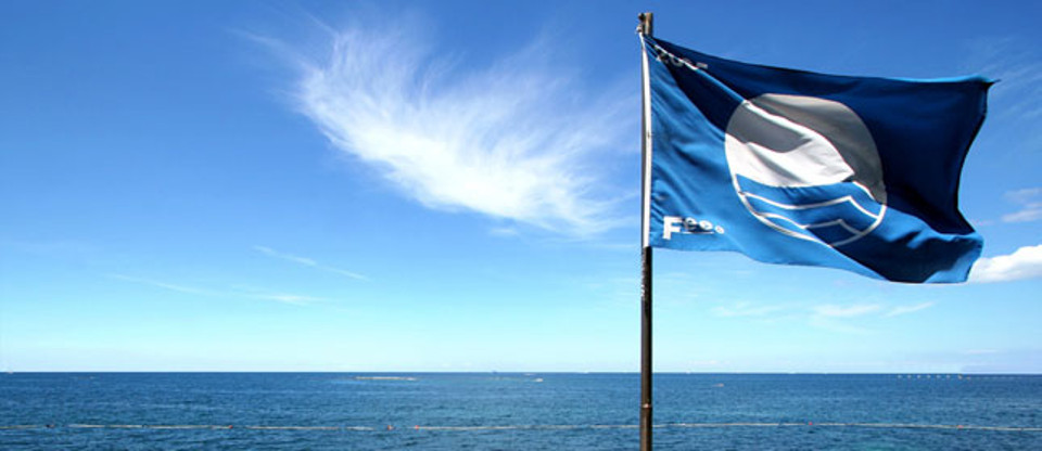 bandiera blu mare