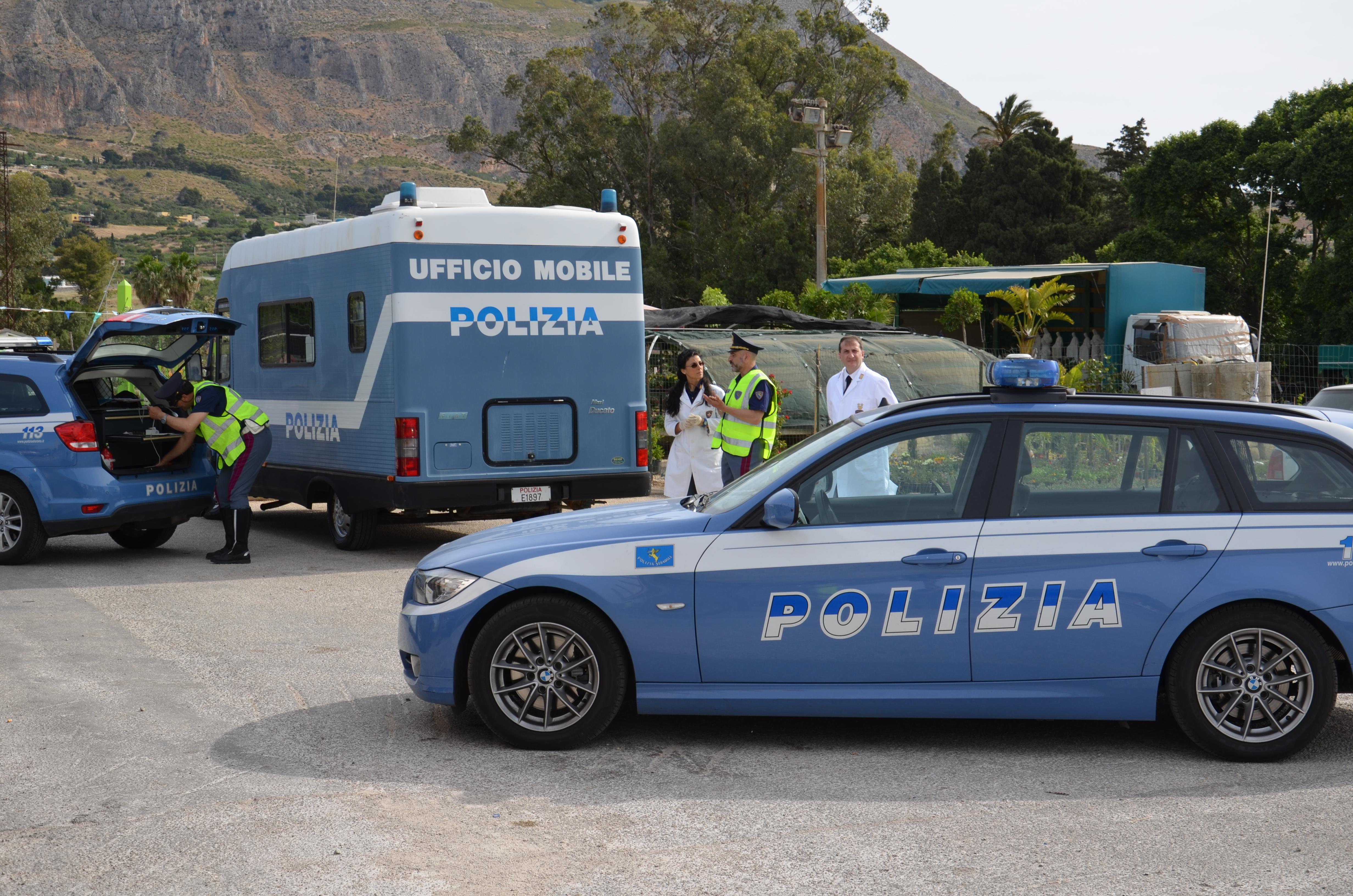 A Trapani controlli della Polizia
