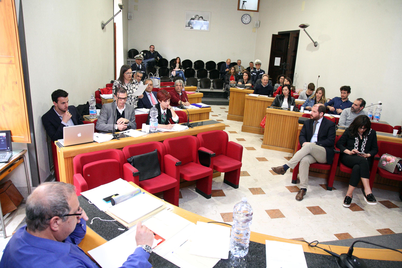 foto consiglio comunale Alcamo maggio 2017