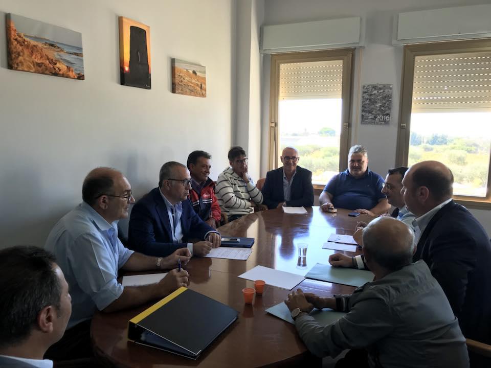 Rifiuti stipendi SRR Petrosino