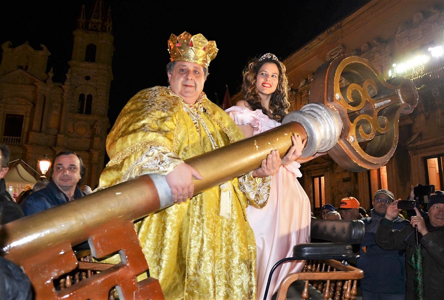Re Burlone e la Regina del Carnevale