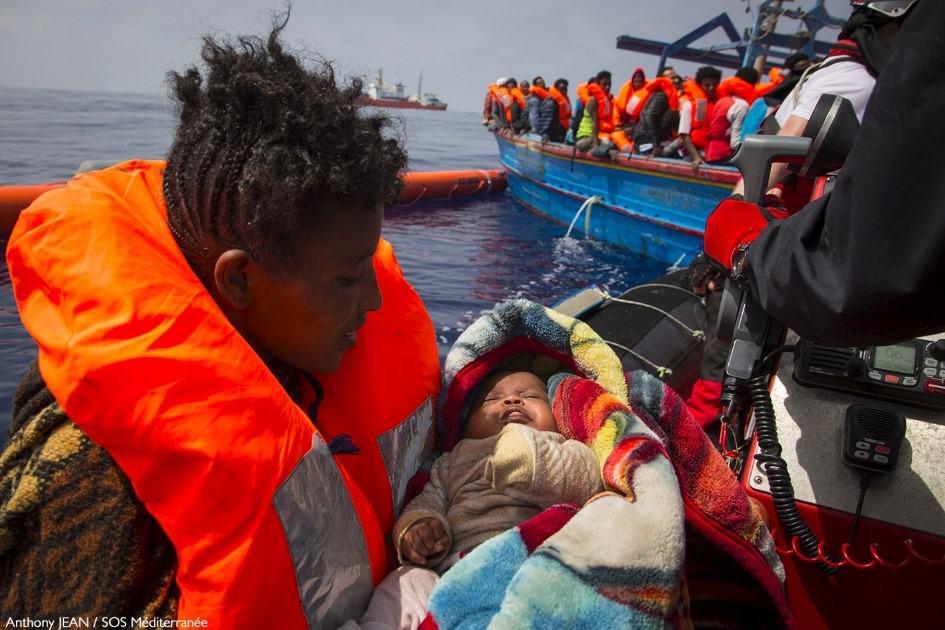 Migranti,a Trapani nave con 537 a bordo