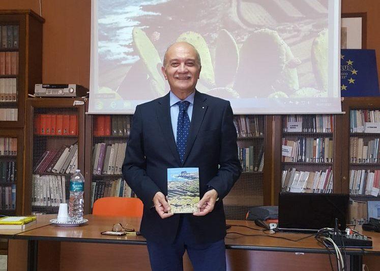 presentazione Diego Maggio al Liceo Classico