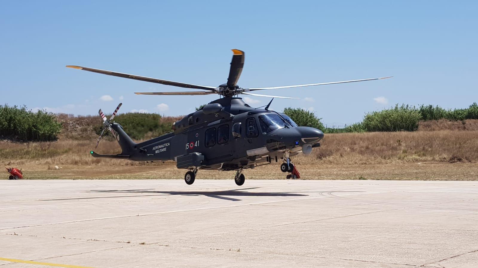 Un Elicottero : Turista tedesca si fa male allo zingaro la soccorre un elicottero