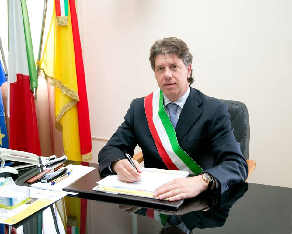 sindaco Giuseppe Castiglione_foto istituzionale 2018 3