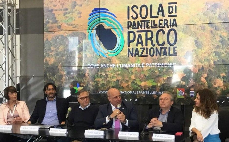 conferenza stampa Genova Pantelleria